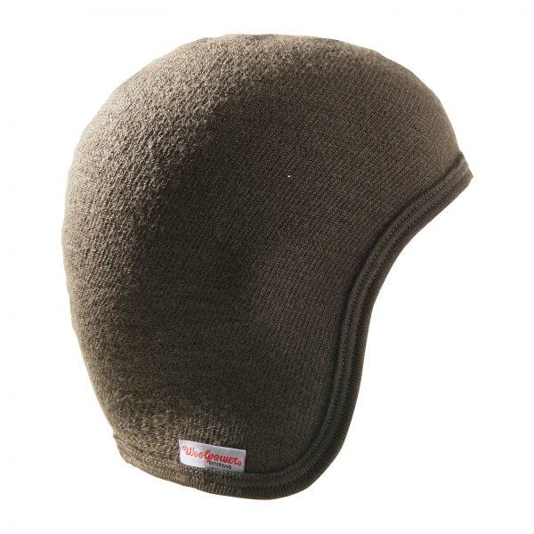 Höger sida av grön hjälmmössa. Namn på produkt Helmet Cap 400