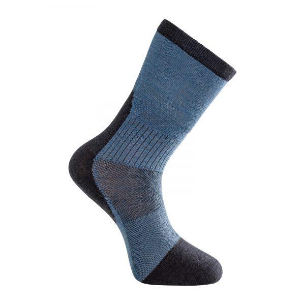 Tunn strumpa i mörkblå och ljusblå. Namn på produkten Socks Skilled Liner Classic
